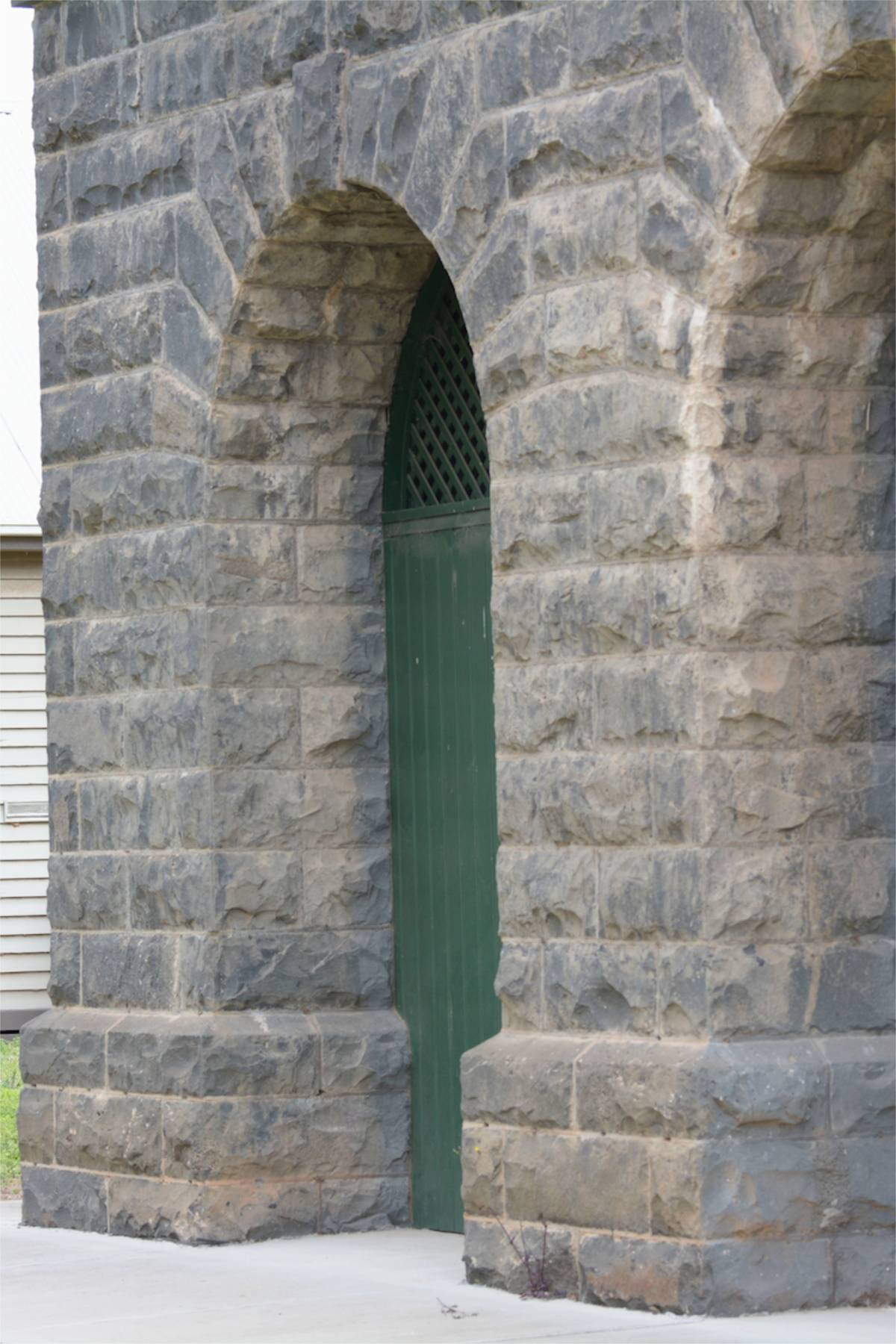 Detail of the support arches for the water tank.