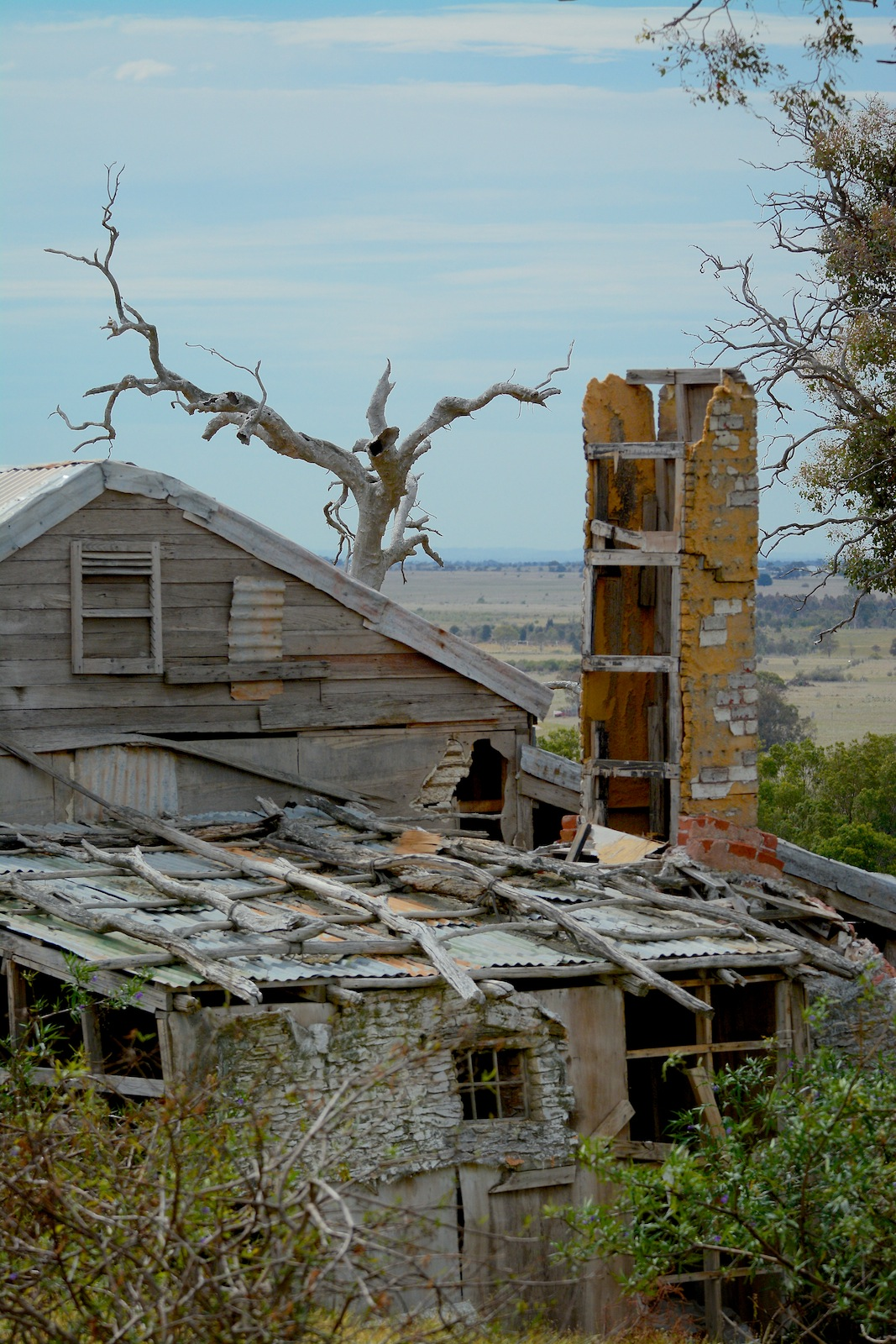"Another view of ""old Glenrowan' movie set on site"